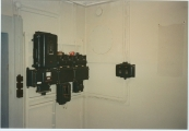 <h5>Tekniske billeder taget før renovering.</h5><p>El tavlen i ventilationsrummet.</p>