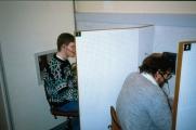 <h5>Test af den nye indretning i 1994.</h5><p>Telefonbåsene.</p>