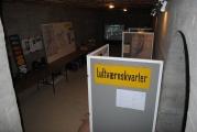 <h5>Stützpunkt Nord i Frederikshavn.</h5><p>Oversigt over udstillingen som var opstillet i en gammel ammunitionsbunker på Bangsbo Fortet.</p>