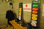 <h5>Stützpunkt Nord i Frederikshavn.</h5><p>Uniformer, hjelme og nummerplader fra besættelsen.</p>
