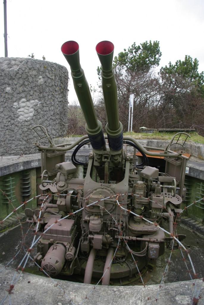 En af de automatiske luftværnskanoner på fortet, her fra stilling nord.